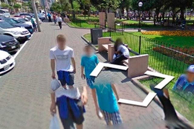 Google Maps toma foto del momento en que una chica truena con su novio