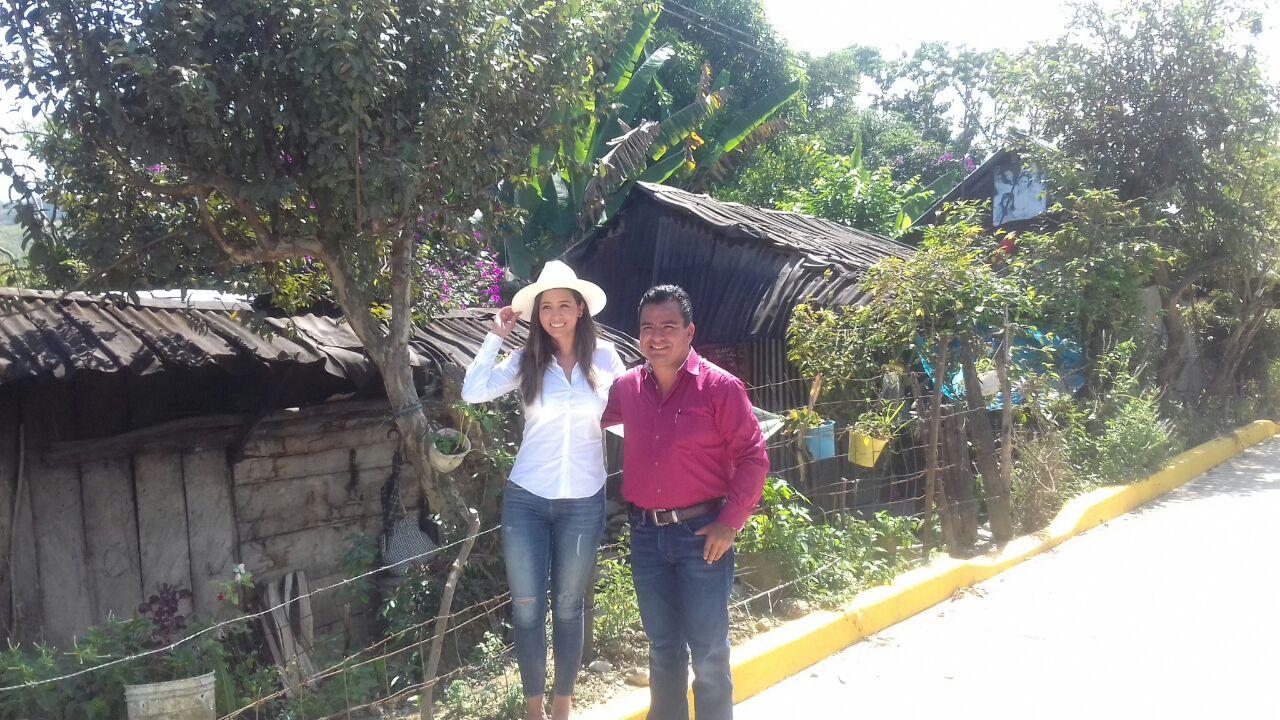 Gestiona Graciela Palomares fondos extraordinarios para la Sierra Norte