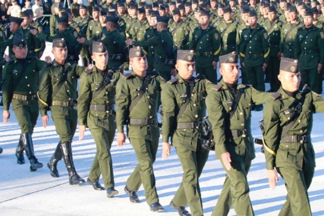 Se gradúan 735 sargentos de la Escuela Militar en Puebla