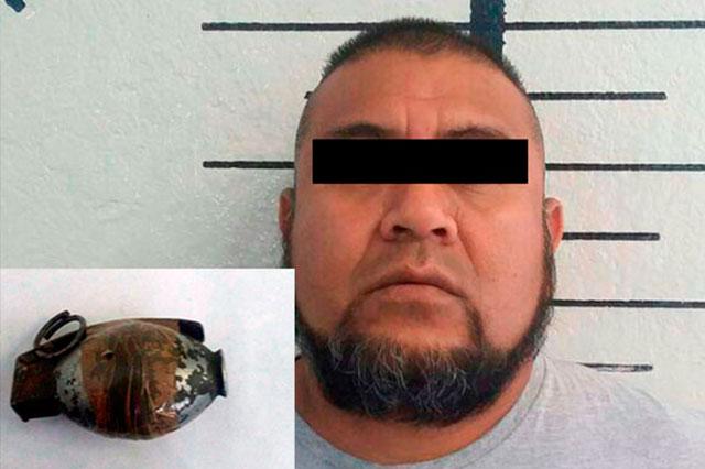 Ex policía que portaba una granada fue detenido en San Pedro