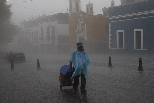 Anticipan fuertes lluvias este martes en Puebla