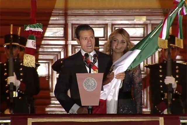 Encabeza EPN el 206 Aniversario de la Independencia desde el balcón presidencial