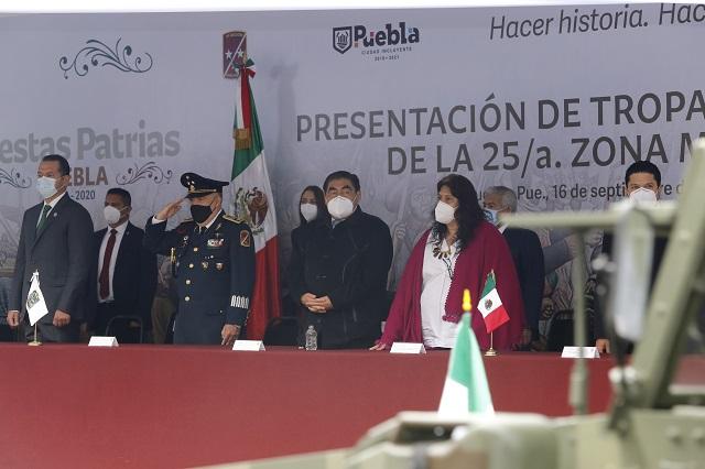 Encabeza Barbosa ceremonia conmemorativa de la Independencia