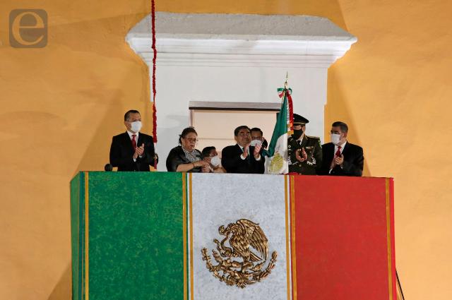 Separados dan Grito Barbosa y Rivera; vitorean a médicos y autonomía municipal