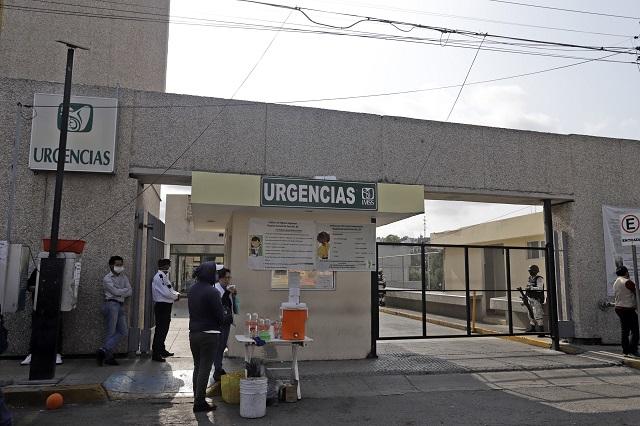 Advierten fallecimientos y contagios entre médicos poblanos
