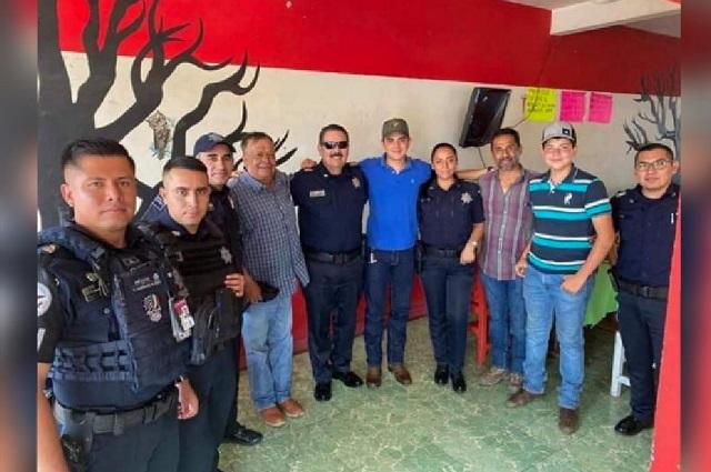 Destituyen a funcionario de la GN por reunión con los Valencia
