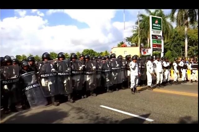 Guardia Nacional, muy bien, no usa la fuerza contra migrantes: AMLO