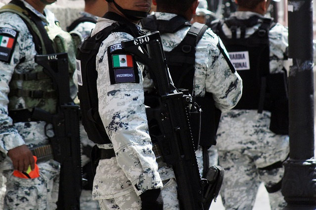 Se burlan de Roberto Palazuelos y la Guardia Nacional en redes sociales