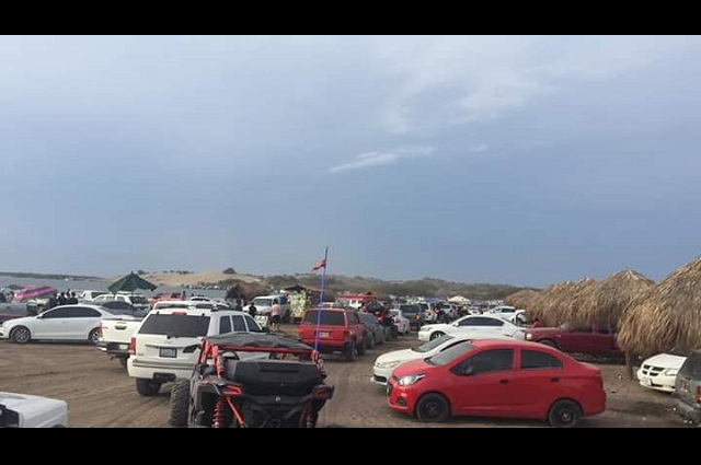 Se aglomeran las playas de Guasave y se vuelven tendencia en Twitter
