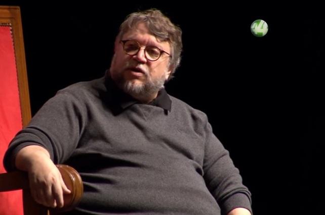 Guillermo del Toro da beca a mexicano para estudiar en París