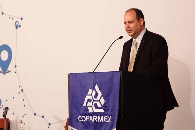 Coparmex apoya desplegado de empresarios que regañan a AMLO