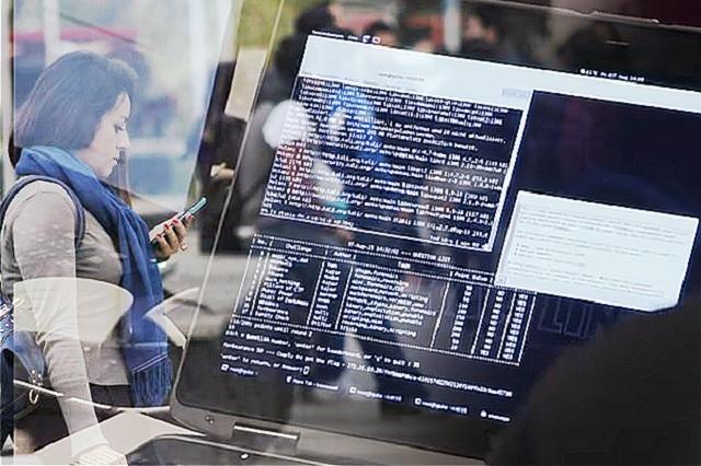 Hackers van por datos personales de universitarios poblanos, alertan