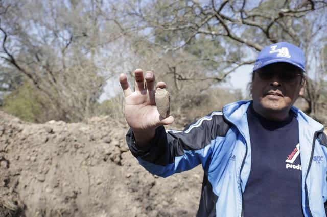 Resguardan vecinos piezas arqueológicas halladas en Amalucan