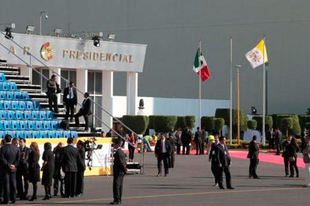 EPN y Angélica Rivera recibirán al Papa a las 7 y media de la noche
