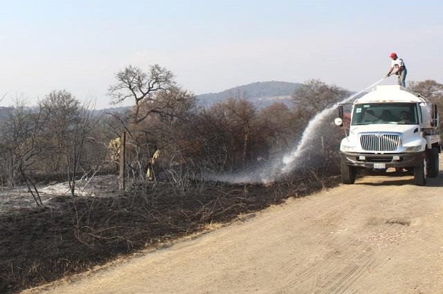 Guardabosques de Haras apagan peligroso incendio