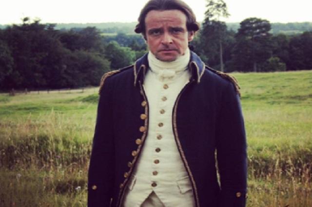 Actor de The Crown revela que trabajó repartiendo comida por pandemia