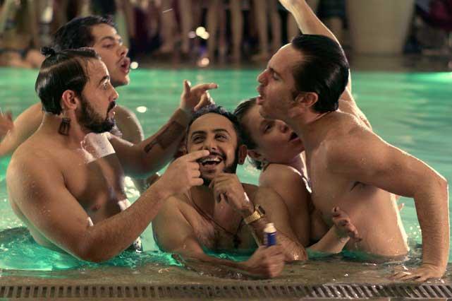 Hazlo como hombre, la película de un macho alfa con un amigo gay