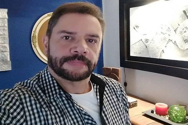 Arrestan a Héctor Parra por abusar sexualmente de su hija