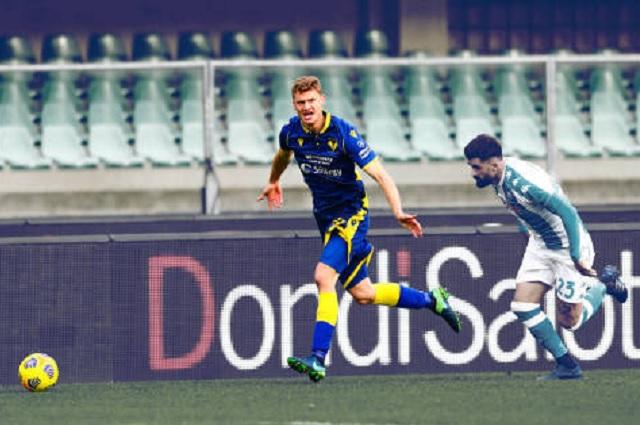 Con todo y golazo del 'Chucky', Napoli cae ante Hellas Verona