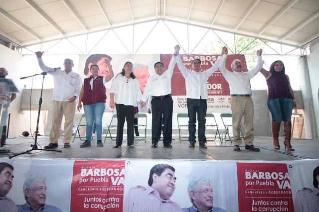 Heredar el poder a un pariente, la peor propuesta, dice Barbosa