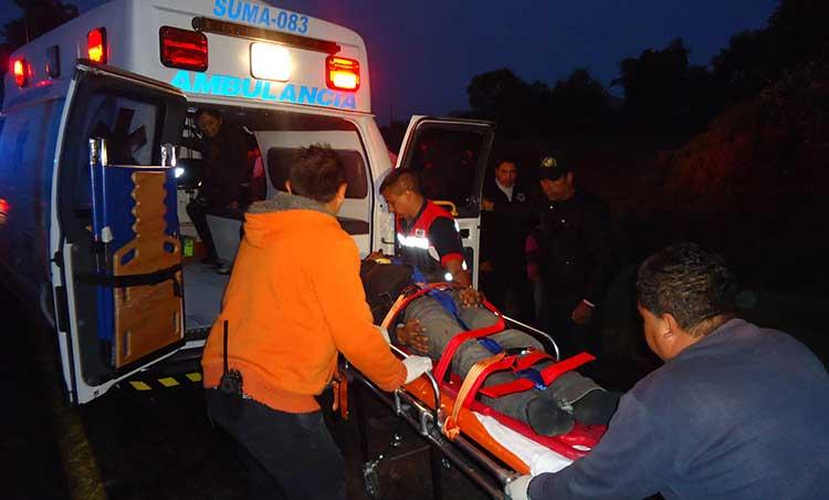 Reportan estables a funcionarios de INE heridos en accidente vial