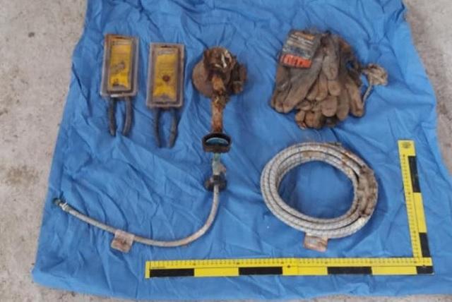 Encuentran las herramientas que utilizaba El Pozolero para disolver cuerpos