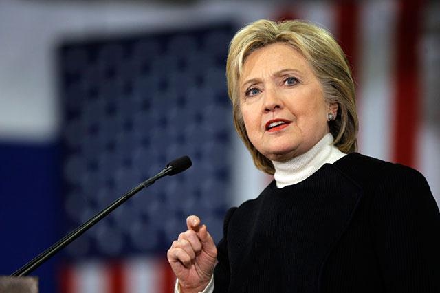 Hillary promete darle trabajo a Bill Clinton si gana la presidencia de EU