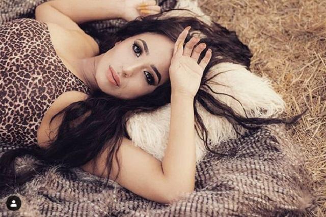 Hija mayor de Lupillo Rivera protagoniza sensual foto en redes