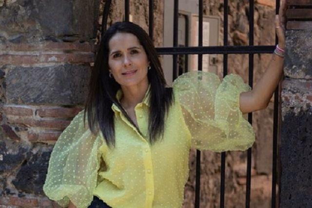 Hija de Arturo Peniche sale en defensa de Sharis Cid