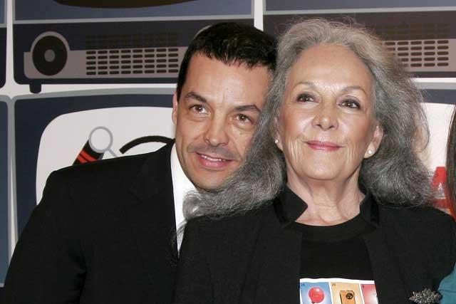 Hijo de Isela Vega y Alberto Vázquez ruega por el cariño de sus padres