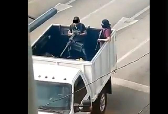 Difunden videos de balacera en Sinaloa: Dicen cayó el hijo del Chapo