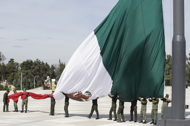 Ve las estrofas que fueron quitadas del Himno Nacional Mexicano