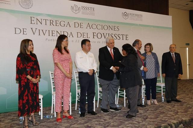 Cancelan hipotecas por 3 mdp a acreditados Fovissste en Puebla