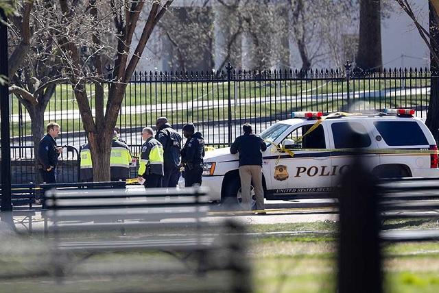 Se dispara un hombre afuera de la Casa Blanca