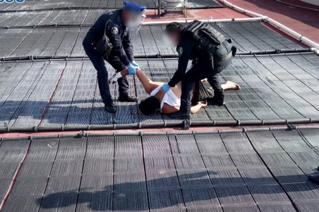 Hombre con Covid-19 intenta suicidarse en hospital; policías lo impiden