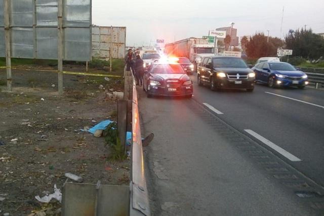 Hallan cadáver en la Puebla-Orizaba; FGE tarda más de ocho horas en llegar