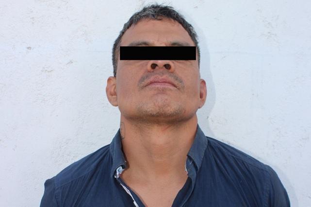 Hombre armado escandaliza en Loma Bonita y enfrenta a policías