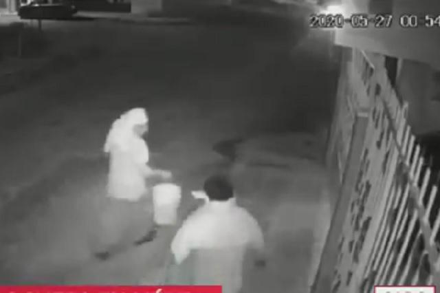 Captan a hombres prendiendo fuego a casa de enfermeras en Mérida