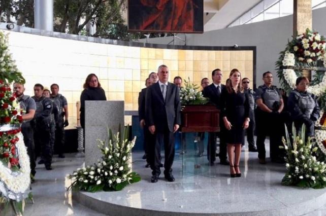 Despiden a agente ministerial asesinado en Puebla