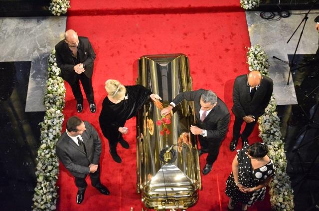 Fotos del homenaje que dieron miles a José José en Bellas Artes