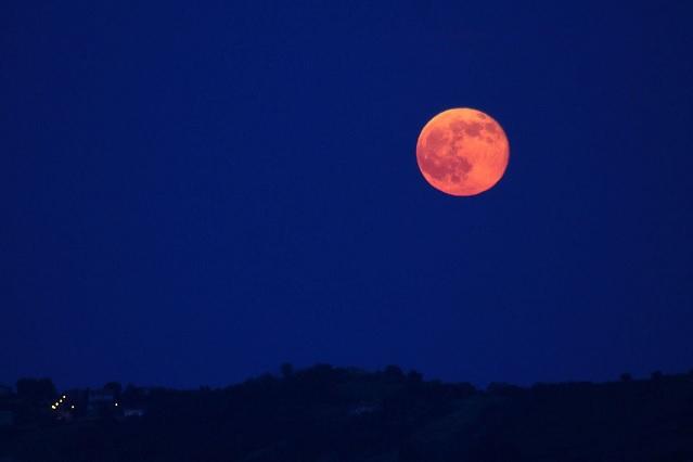 Luna de Fresa: horarios y detalles para apreciar este eclipse