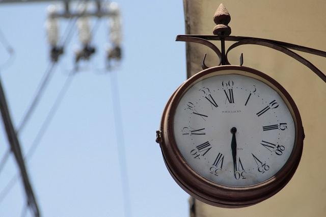 Llega a su fin horario de verano ¿listo para atrasar tu reloj?