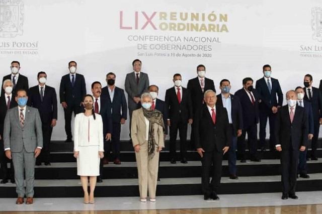 Acuerdan AMLO y gobernadores convención para revisar pacto fiscal