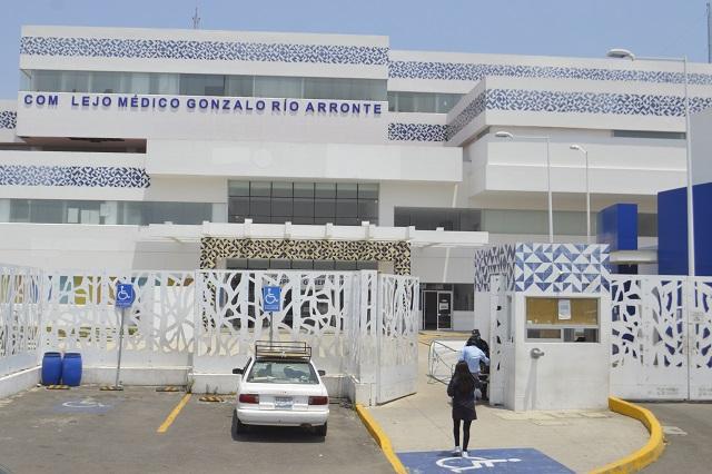 Quejas por nepotismo y desabasto en Hospital de Atlixco