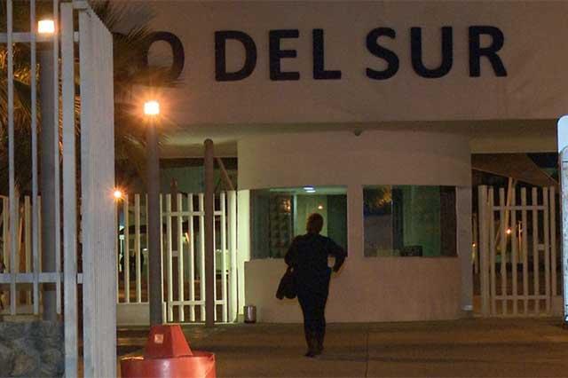 Colapsa drenaje del Hospital General del Sur, en Puebla