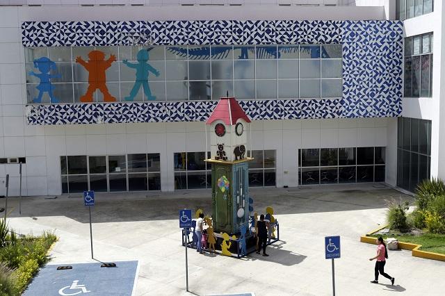 Darán mantenimiento 25 hospitales poblanos con azulejos albiazules