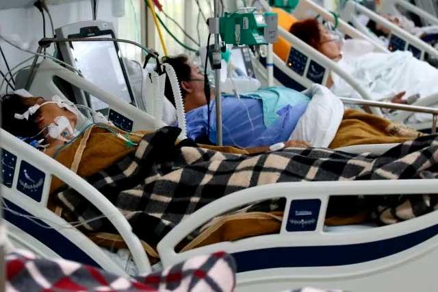 Por tercera ola de Covid-19 reconvierten hospitales