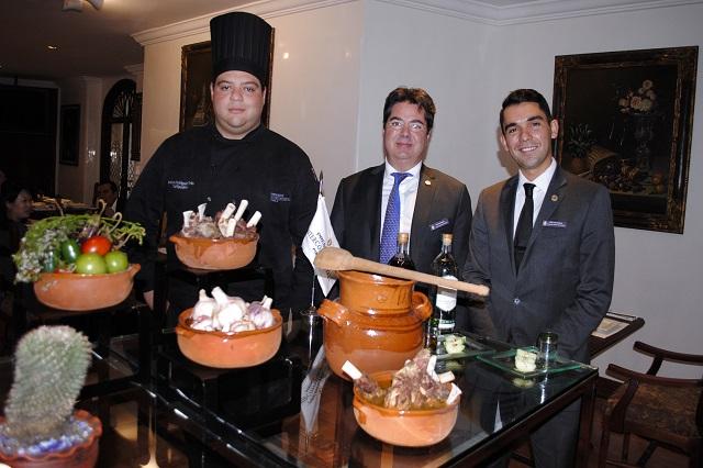 Abre temporada de mole de caderas el hotel Presidente Intercontinental Puebla