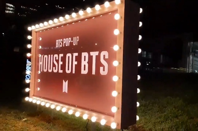 ARMY's mexicanas se reúnen en inauguración de House of BTS
