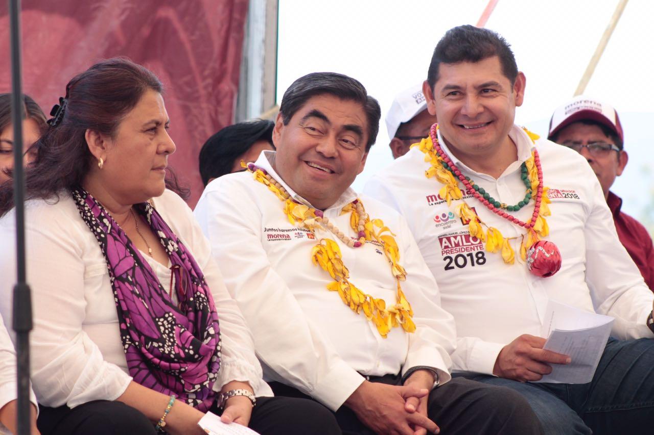Gobiernos del PAN y PRI sumieron a la Mixteca en la pobreza: Barbosa